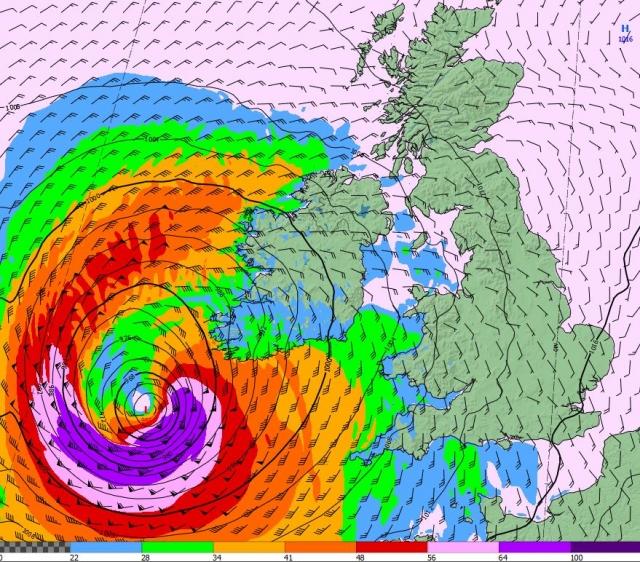 L'apocalisse in Europa: l'uragano Ophelia fa 38 vittime