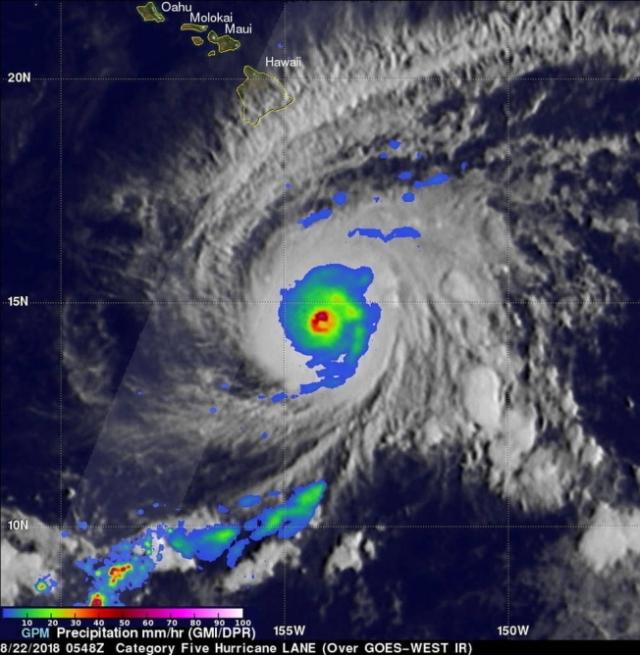 L'uragano Lane spaventa le Hawaii. Inondazioni già in corso