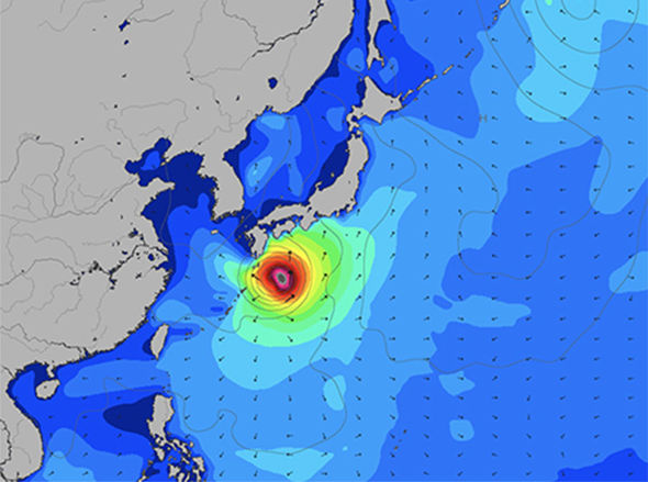 Giappone, infuria il tifone Jebi