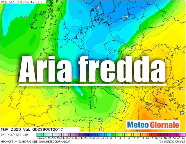 METEO 15 giorni, rilevanti novità: Uragano verso Europa a freddo fine mese