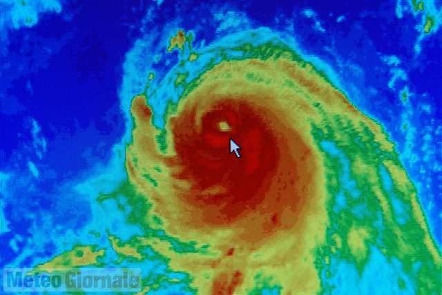 Venti a 200 all'ora, Florence spaventa gli Usa