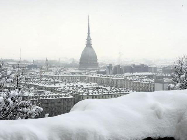 Meteo, primavera lontana: rischio neve nel Bresciano da stasera